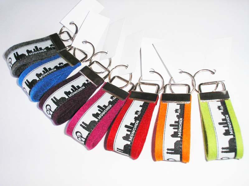 MÜNCHEN - Schlüsselanhänger aus Wollfilz